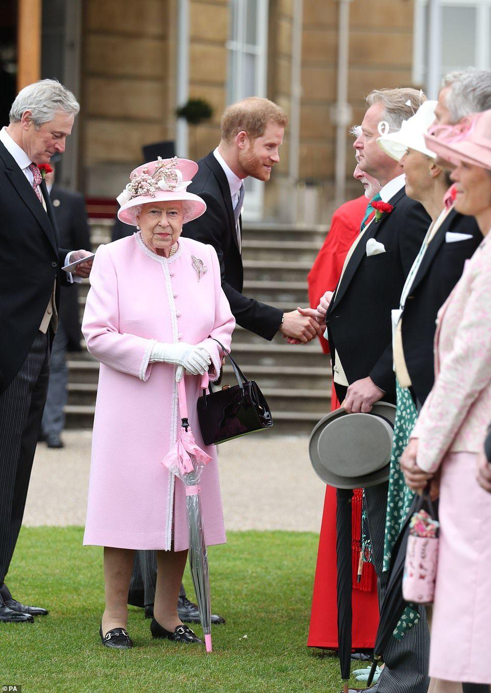 a61a09cdf18daeb33a32c2487ae7476b - How To Get Invited To Queen S Garden Party