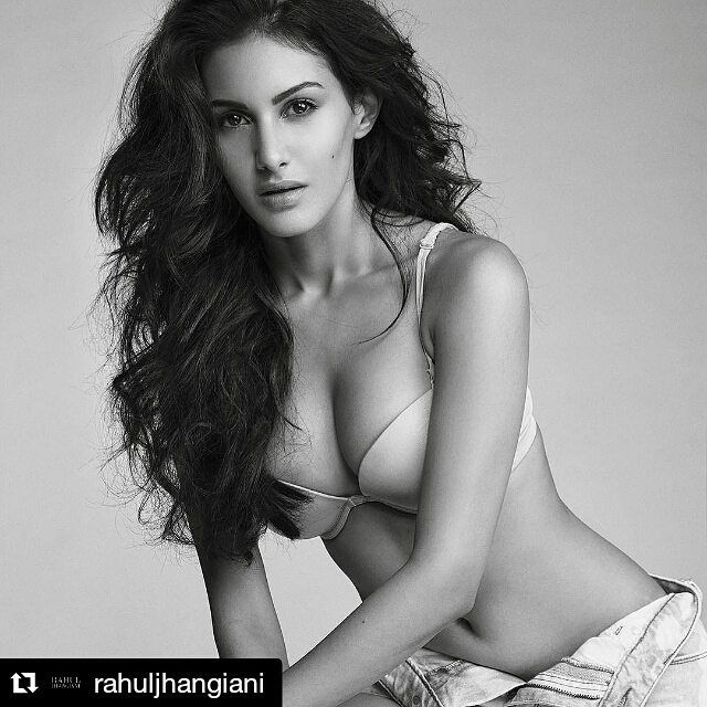 Amyra Dastur Actresses Bollywood Images Girl Celebrities