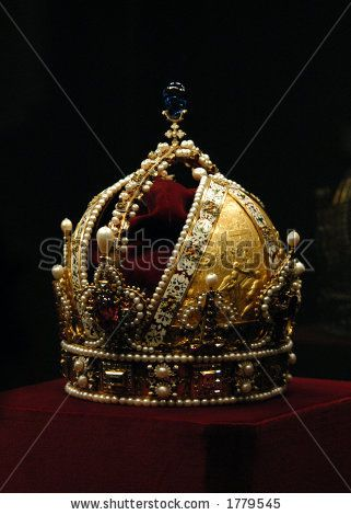 Google Image Result for http://image.shutterstock.com/display_pic_with_logo/55977/55977,1157175644,1/stock-photo-golden-crown-of-the-austro-hungarian-emperor-rudolf-ii-1779545.jpg