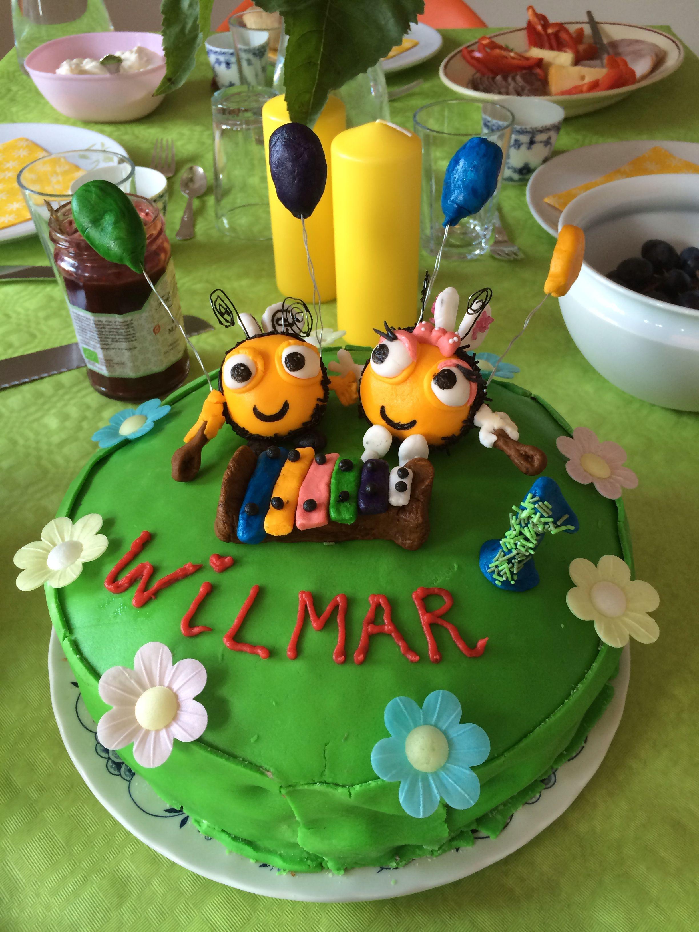 Wilmar elsker bikuben! Så jeg måtte ud i noget af et projekt til hans 1 års fødselsdag!☺️