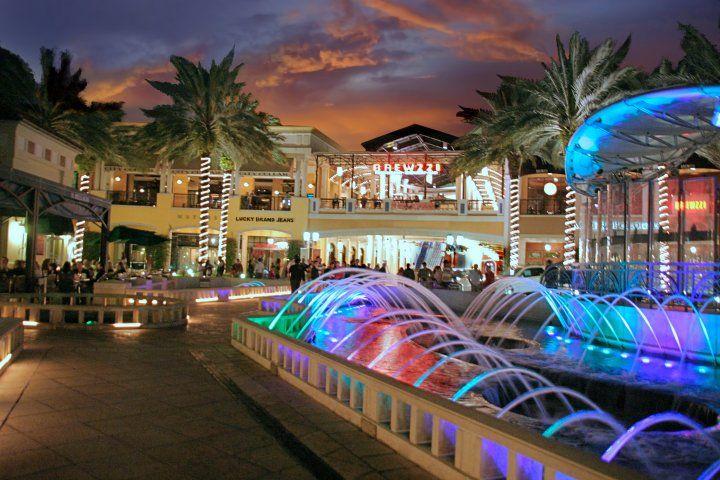 a61a7f393a675eb0e20e507b9ba37c72 - South Moon Under Palm Beach Gardens