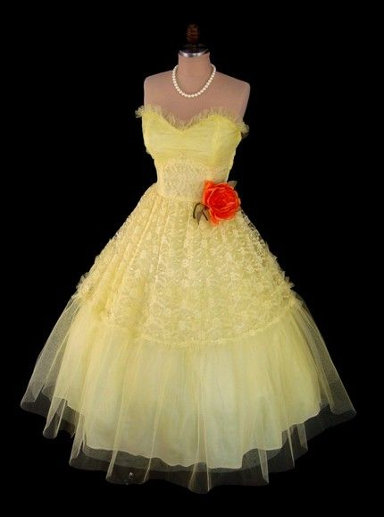 This week\'s top vintage picks on Etsy… | 1950s, Prom and Vintage prom