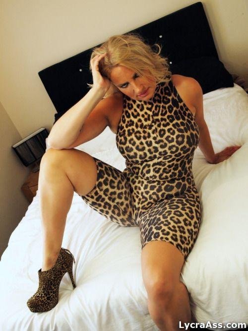 Milf cheetah print pantyhose joi it4 10