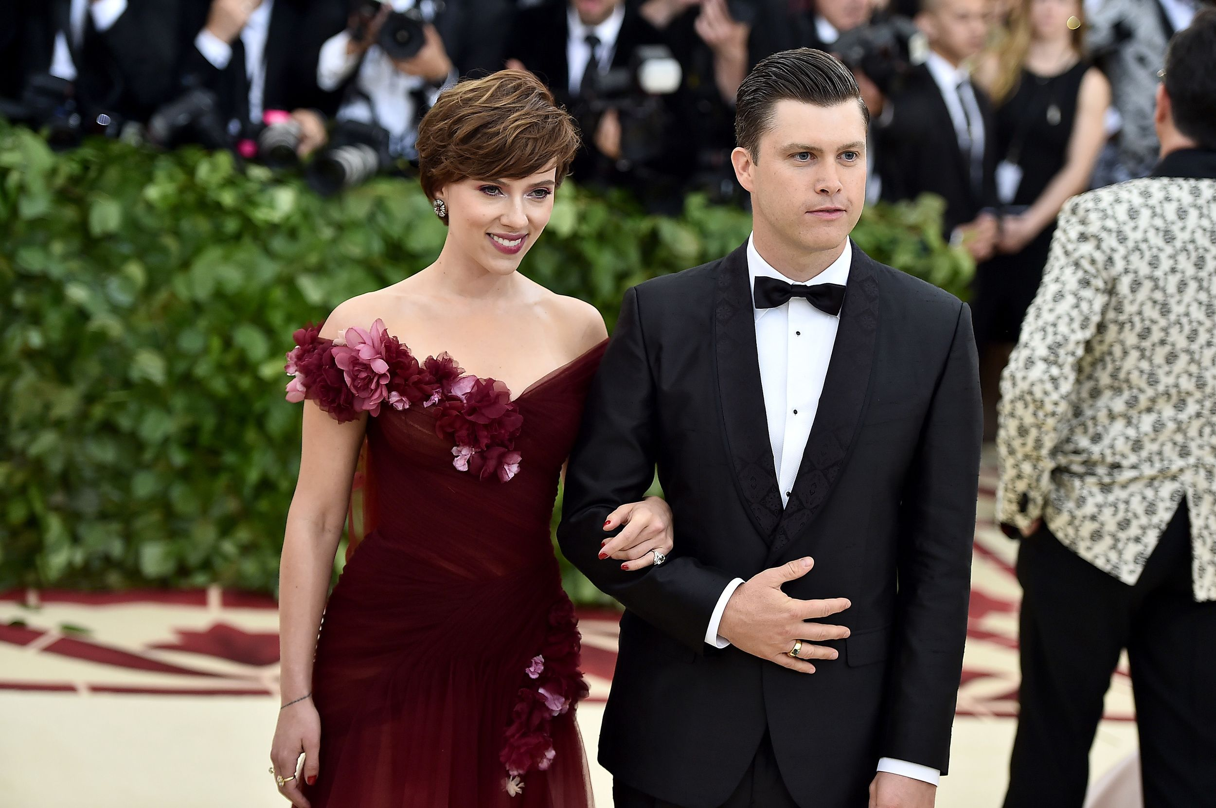 Scarlett Johansson unveils massive engagement ring from