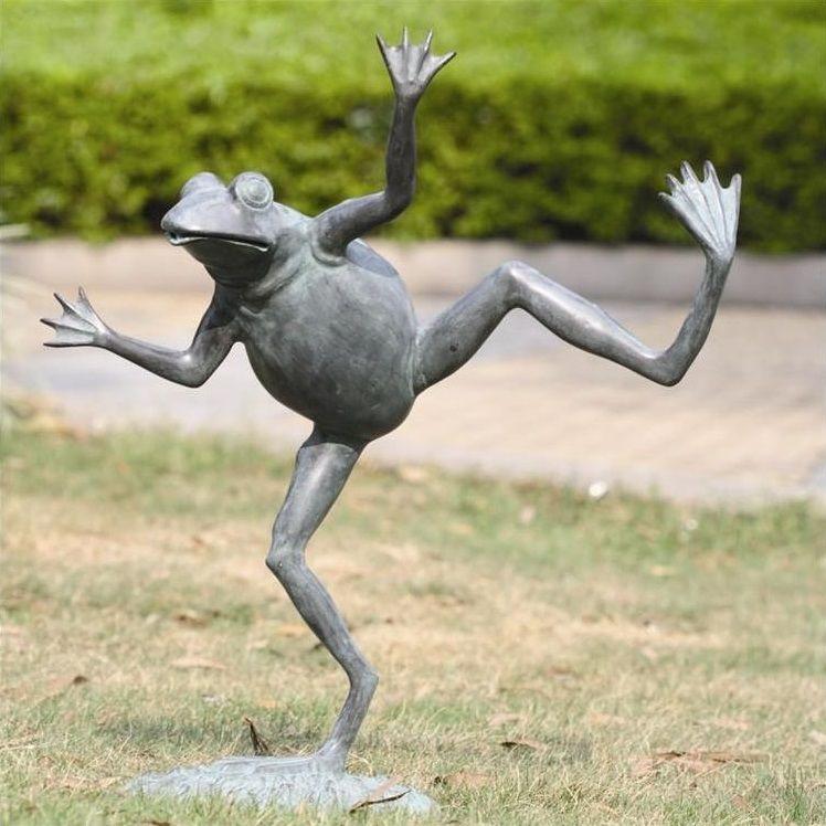 Dancing Frog Garden Spitter   Sculpture