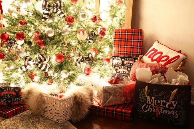 Home Decor - Christmas Nights Tour, Christmas home tour, Christmas decor, holiday decor, Christmas lights