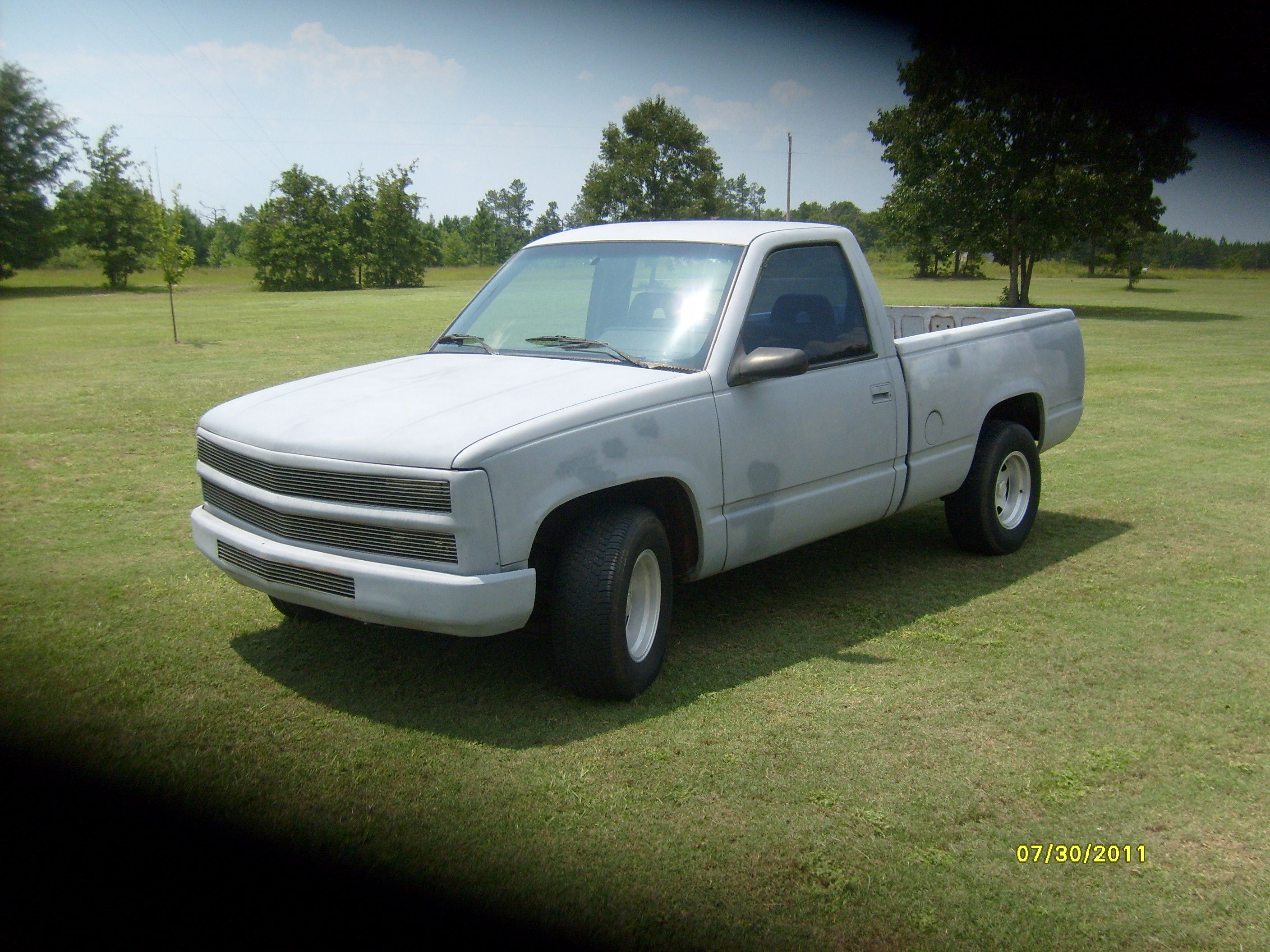 1994 Chevrolet Pickup In Debbies Garage Sale Williston Sc