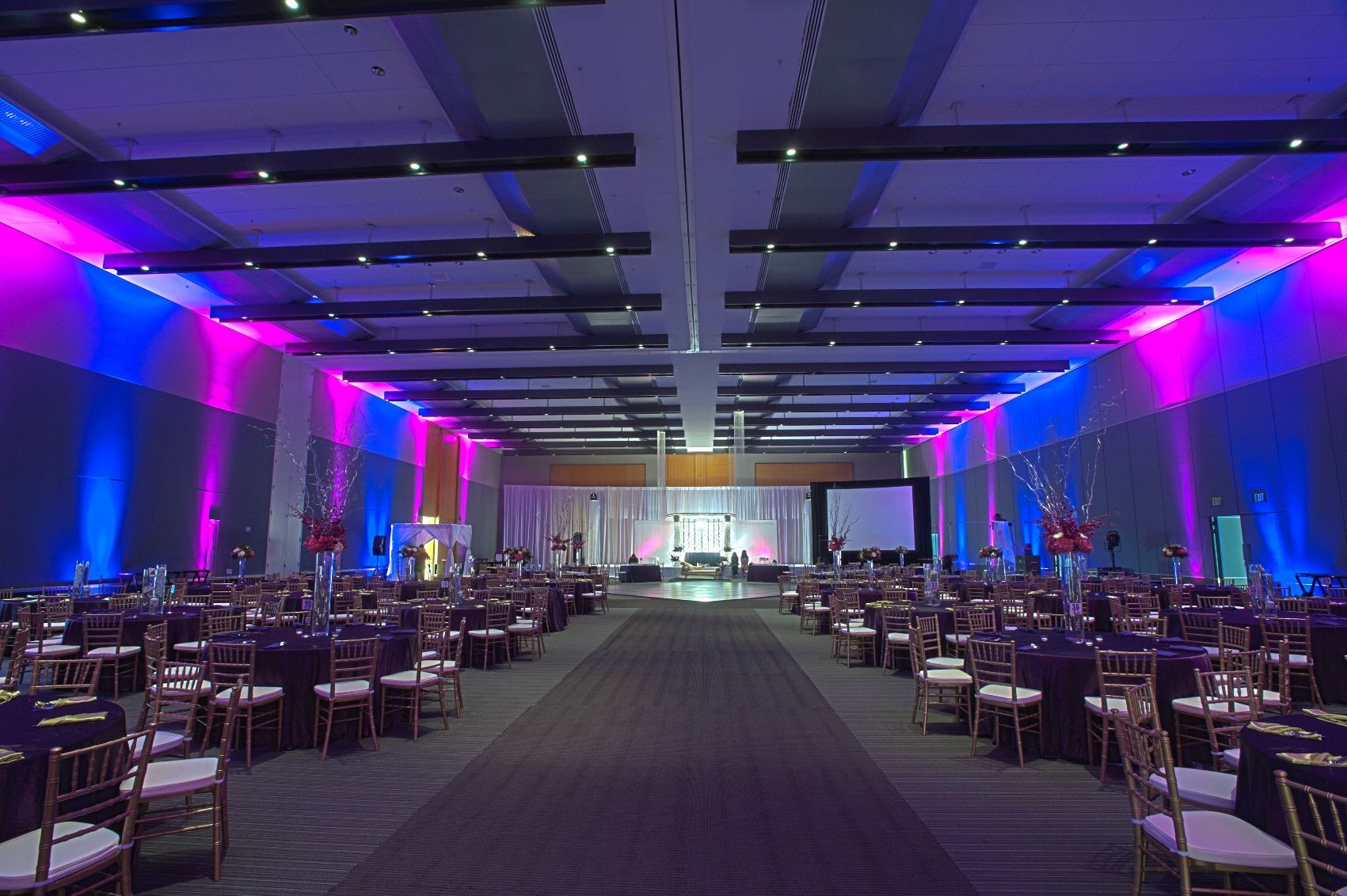 Wedding at the Hampton Roads Convention Center // Catering by ...
