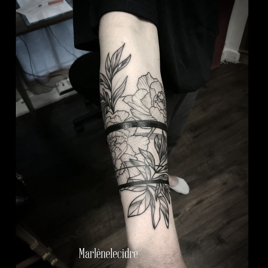 Bras Fleur By Marlenelecidre Flowers And Lines Tour De Bras