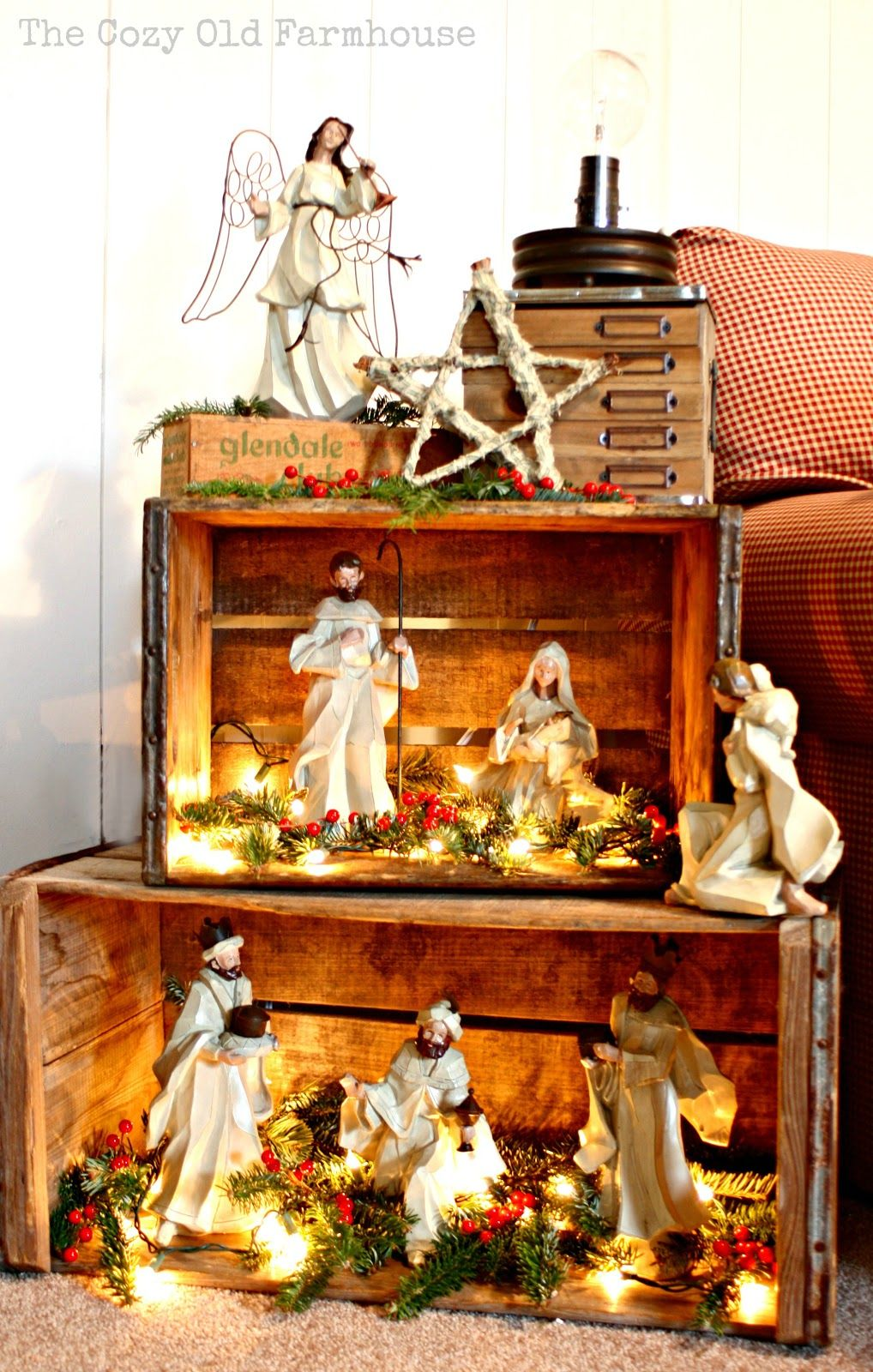 What a cute way to display the Nativity set! Christmas
