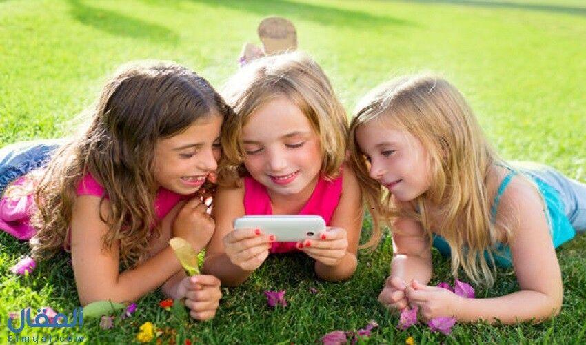 أسماء بنات مميزة من ثلاثة حروف ومعانيها Video Chat App Feel Good Books Girls Play