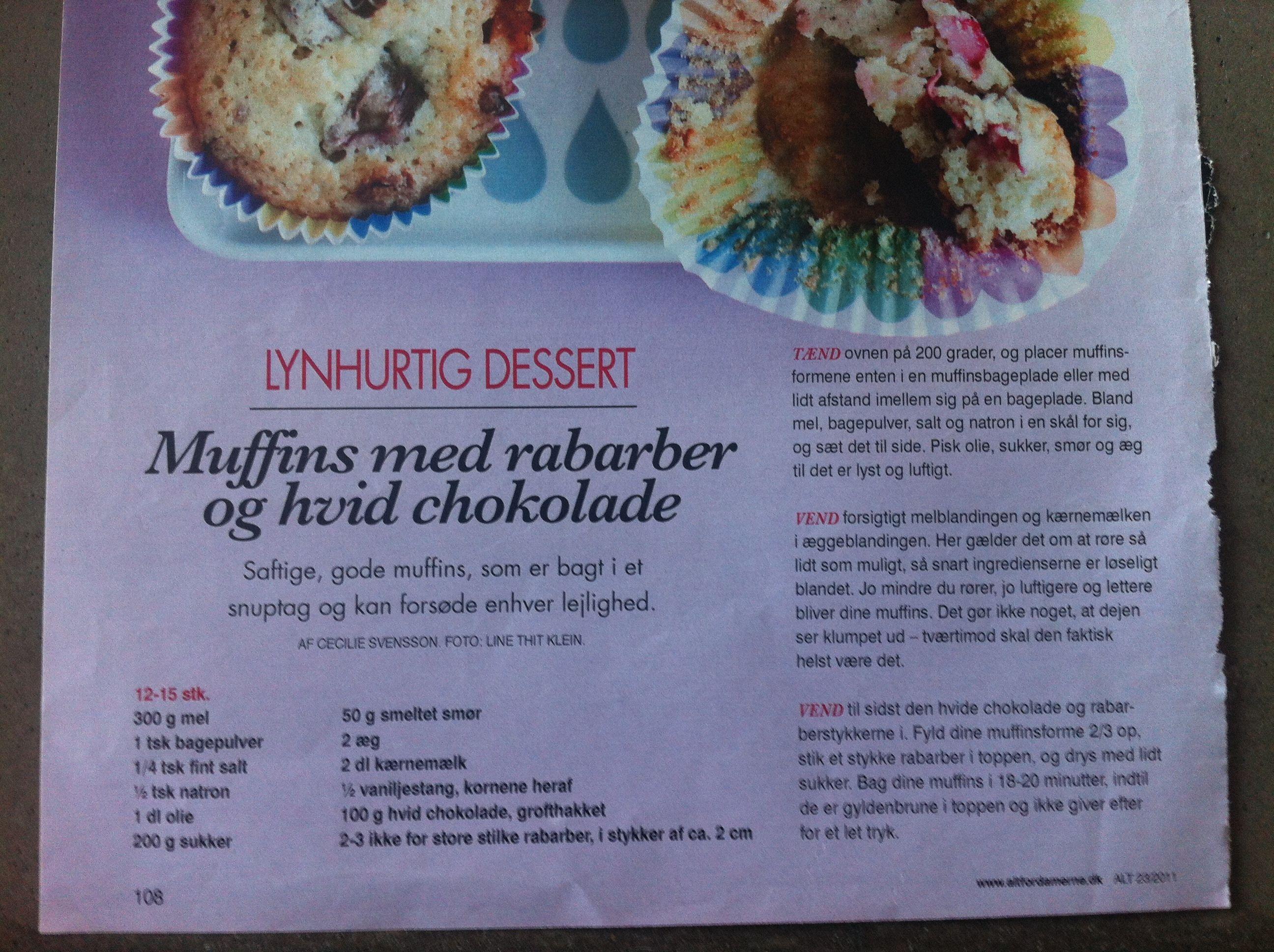 Muffins Med Rabarber Og Hvid Chokolade Food Sweet Nothing
