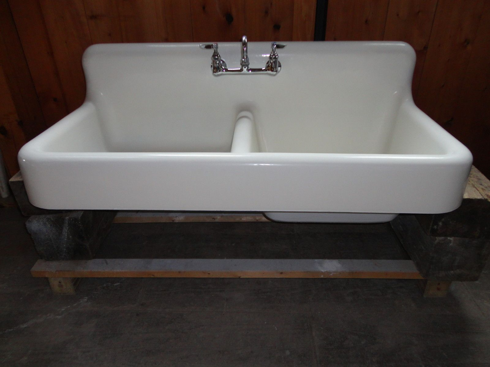Antique Cast Iron Farm Farmhouse Kitchen Sink w apron double basin ...