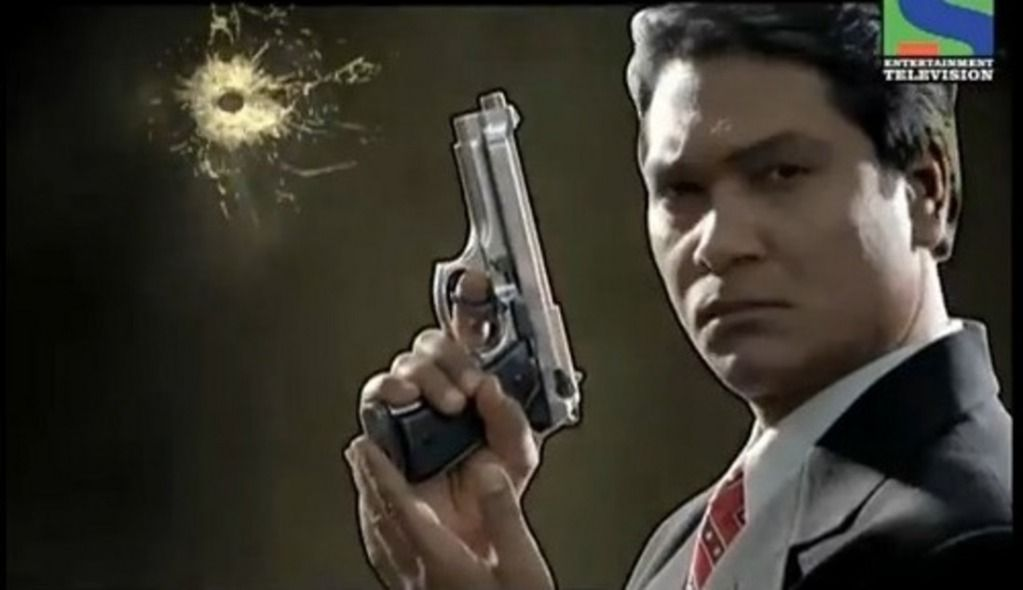 CID: Senior Inspector Abhijeet with Gun  | CID | Character, Guns, Places