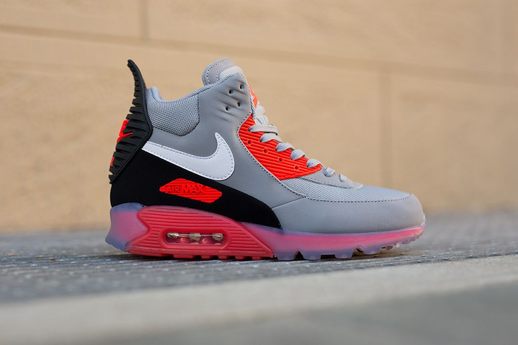 Nike Air Max 90 Ice Sneakerboot Wolf GreyInfrared Detailed