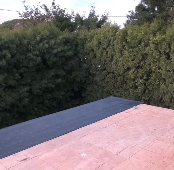 Best Underlayment Roof Tyvek Waterproof Membrane Tar Paper 400 x 300