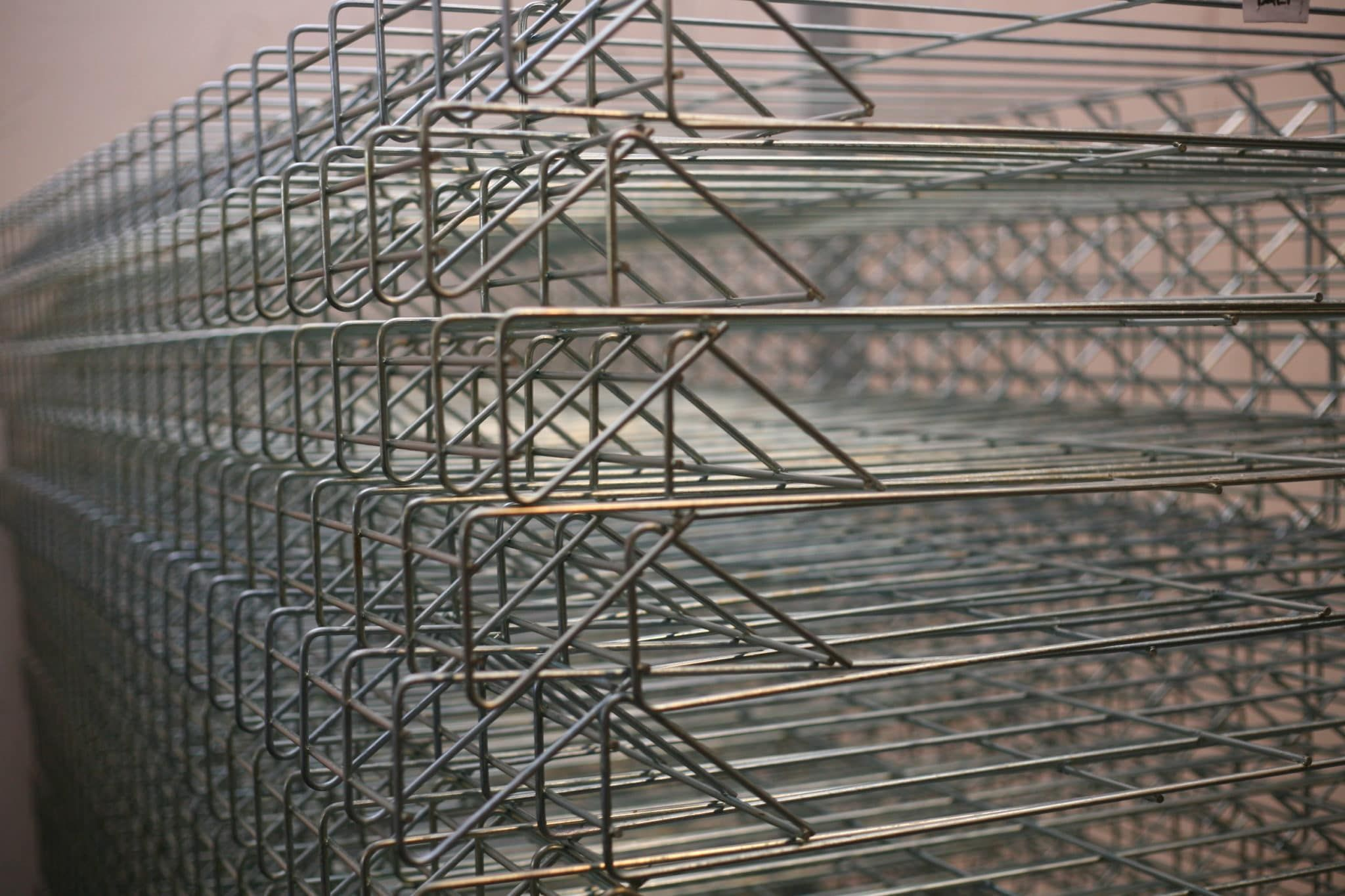 pabrik baja ringan terbesar di indonesia pagar bandara hotdip galvanis steel utility pole