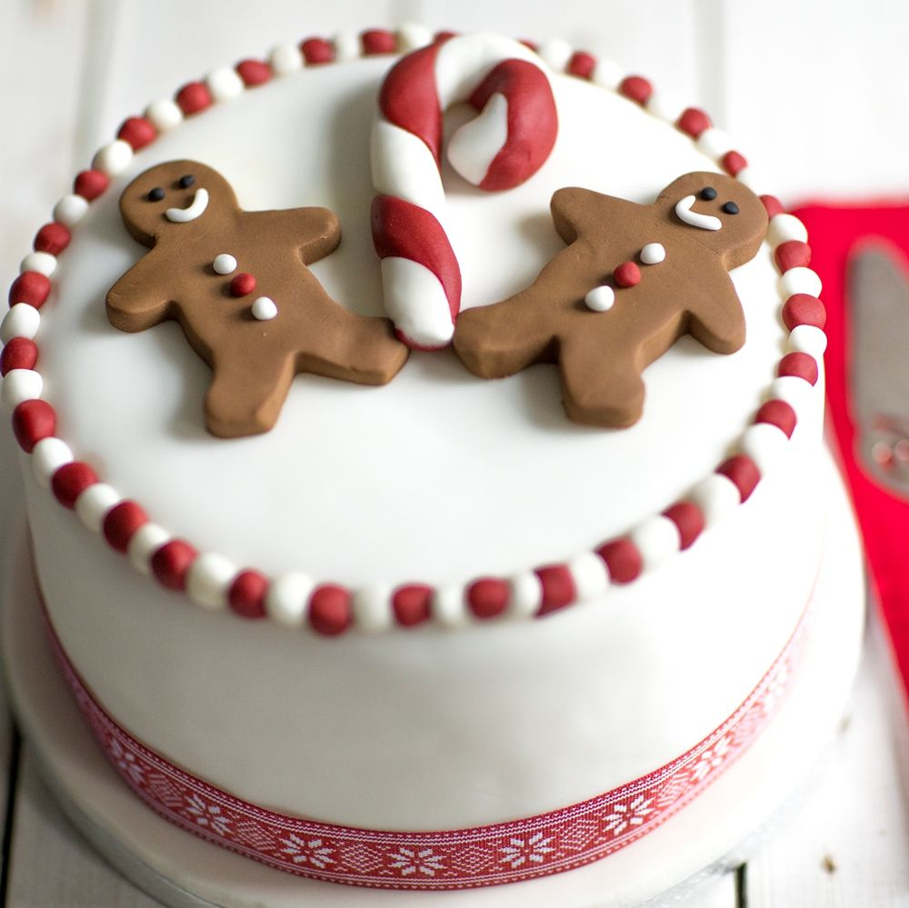 How to marzipan a christmas cake - Gingerbread Man Christmas Cake