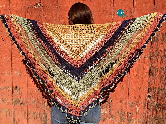 Ravelry The Ottobre Shawlette Pattern By Crystal Marin Shawls
