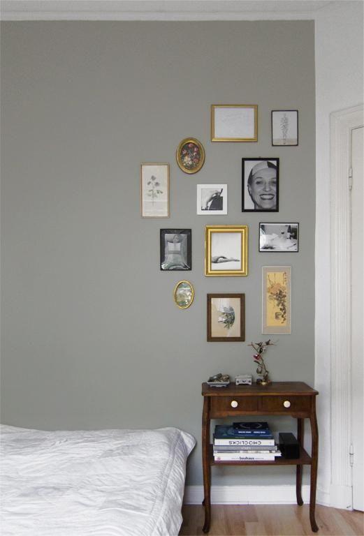 umdekorieren an einem wochenende ver ndert das wohngef hl eine wand farbig streichen. Black Bedroom Furniture Sets. Home Design Ideas
