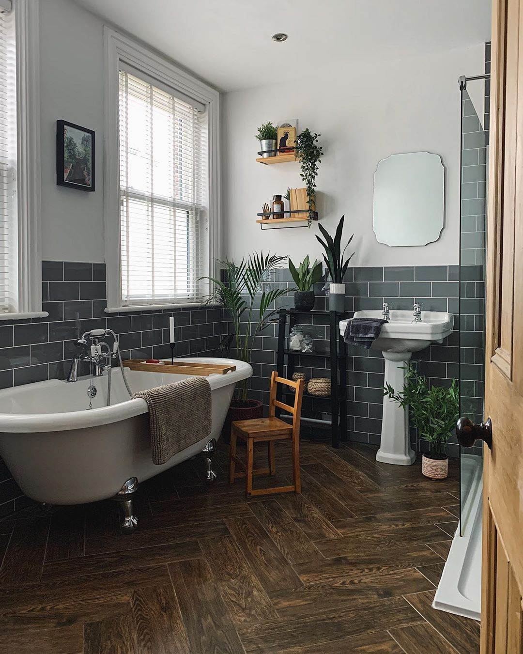 Rachel On Instagram Catpoo Saga Thought Today Would Be Better But I Forgot To Unlock The Catflap Last Nigh In 2020 Bathroom Inspiration Rachel House Interior Inspo