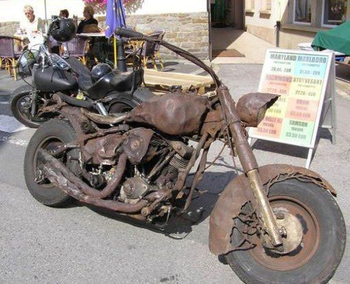Old Rusty Motorbike With Images Rat Bike Motorcycle Cool Bikes
