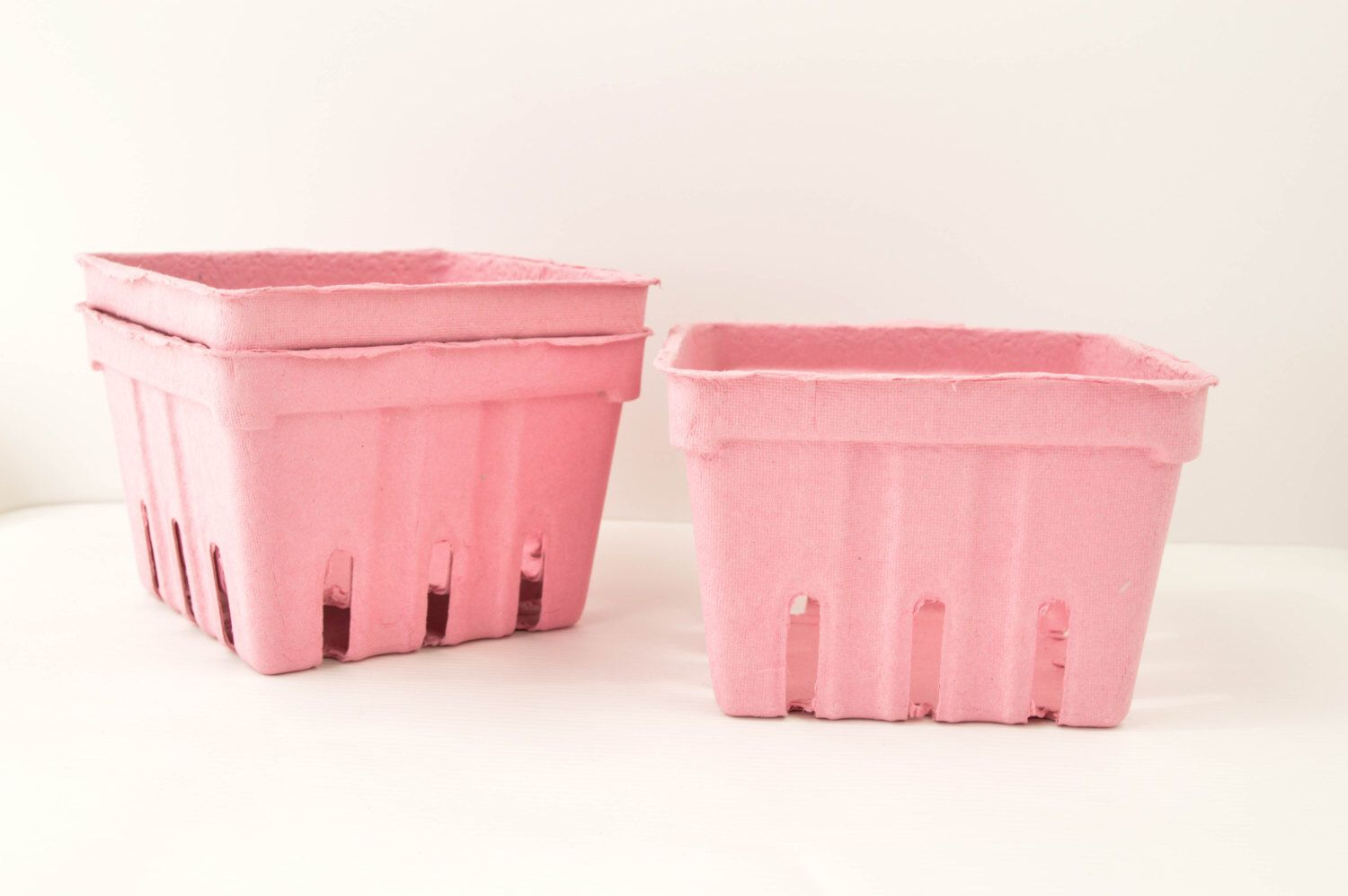 PINT BERRY BASKET /  pink /  pint basket / craft supplies /  basket / crafting Supply / paper and party supplies by ButtercupBlossom on Etsy https://www.etsy.com/listing/229058073/pint-berry-basket-pink-pint-basket-craft
