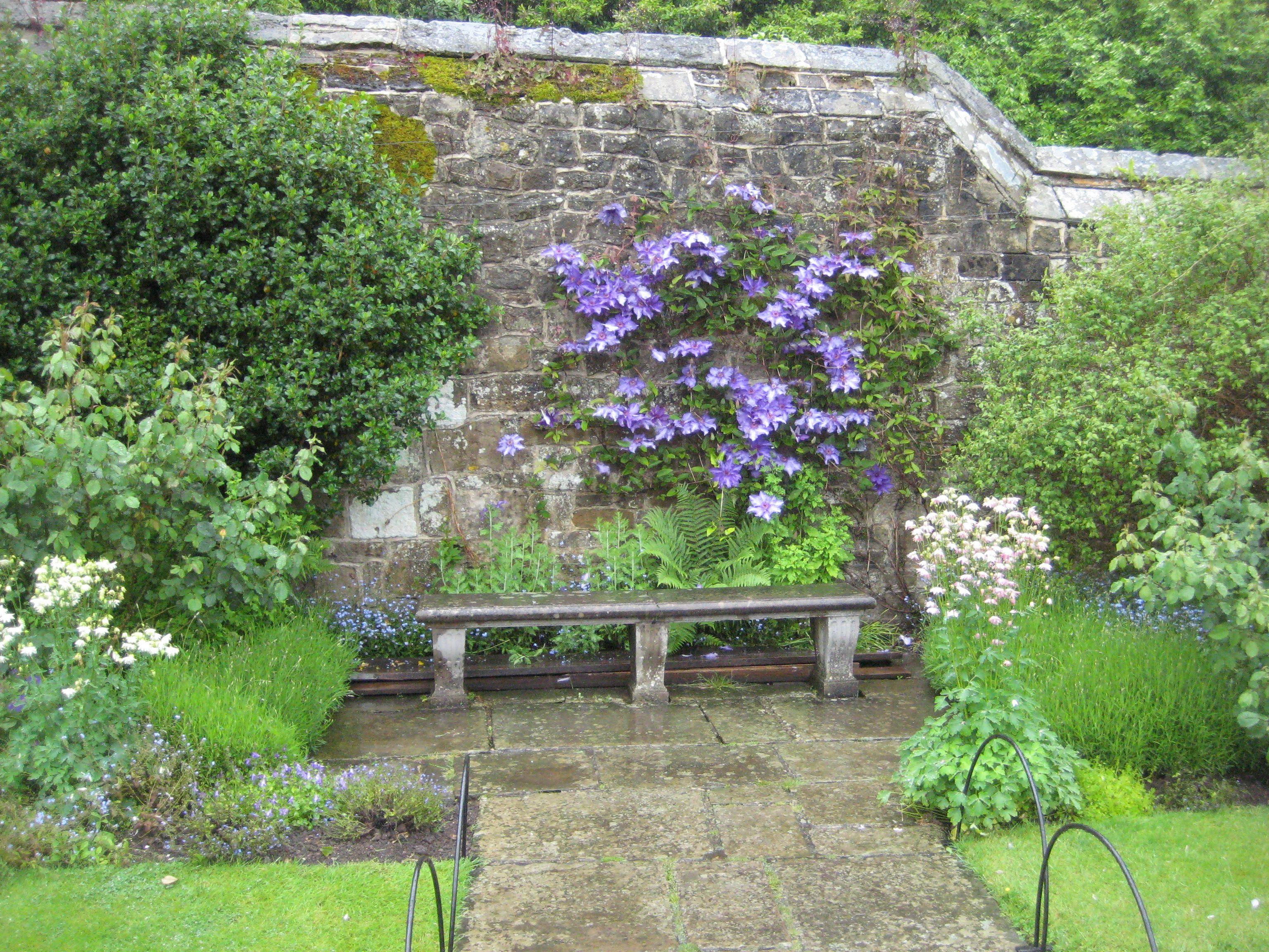 Best Chartwell Gardens Kent Uk Cottage Garden Clematis 640 x 480