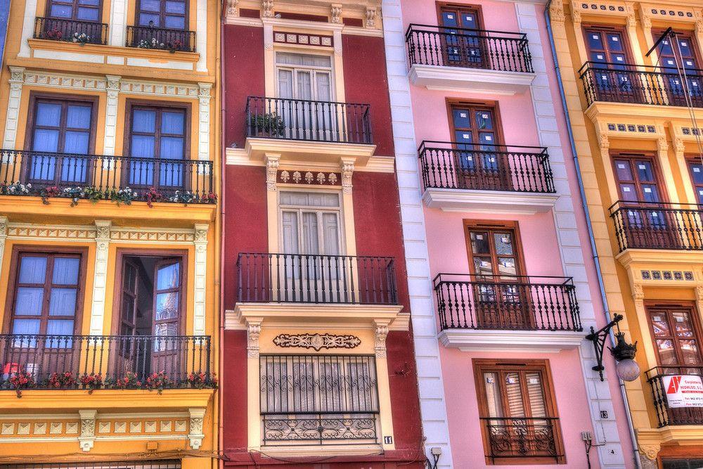 Visita Valencia y disfruta de sus encantos...