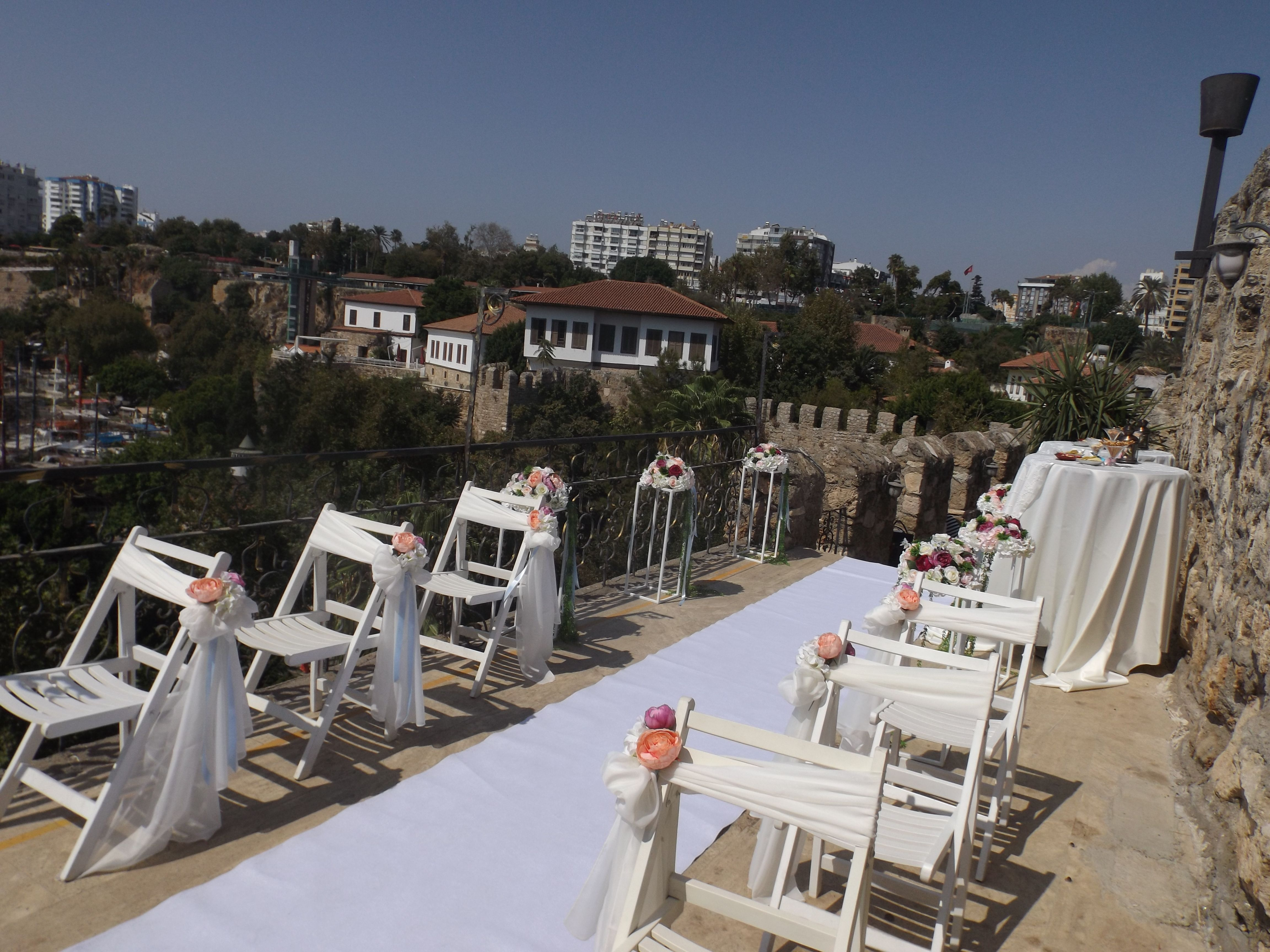 The Historical Venue At Kaleici Marina Restaurant In Antalya Outdoor Wedding Venues Outdoor Wedding Wedding Venues