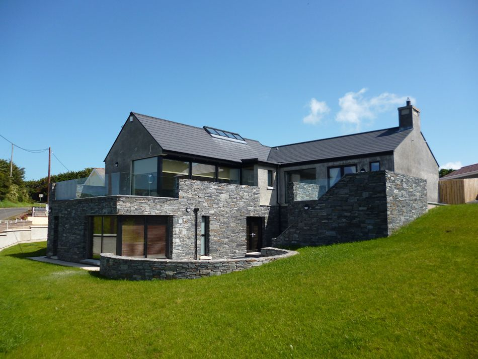 Split level house stone clad country house ideas for Irish house plans