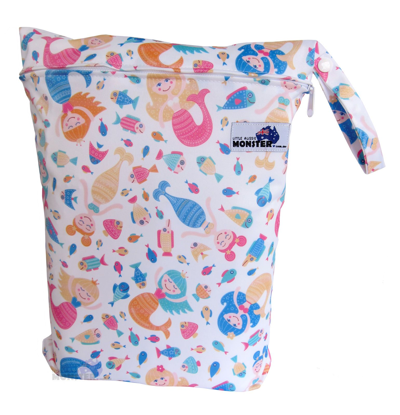 7cdbd21354  7.2 AUD - Wet Bag Large Zip Baby Cloth Nappy