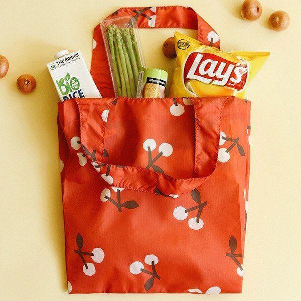 9e7dd4dda Dailylike Pocket large shopping travel foldable shoulder bag  travelhacks  Travel Essentials