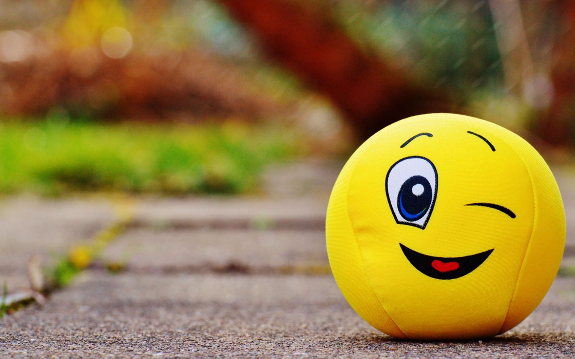 Cute Smileys Wallpapers With Quotes