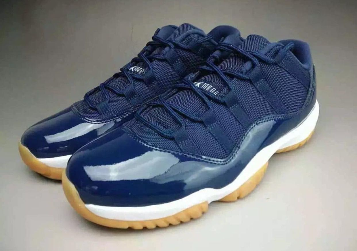 940b43cf9fa Air Jordan 11 low midnight navy