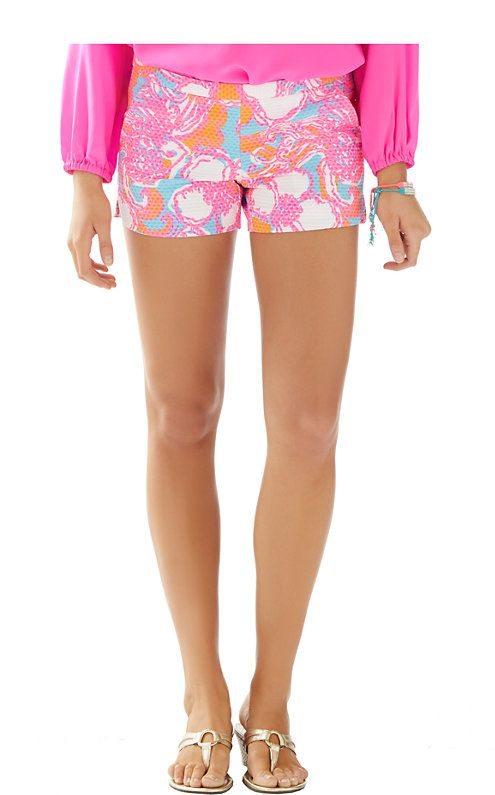 b38162201a4c7a The Addie Short is a 4 inch printed short and our newest length at Lilly.  These shorts have faux pockets and scalloped side seam hem details.