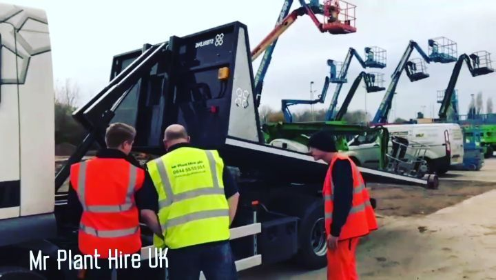 Great to see the 12T #KargoKing in action showing good carrying - job quotation sample