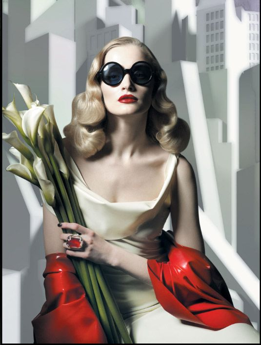 , Cutler and Gross drew their  inspiration from famous Tamara Lempicka.  Lempicka is known for her brilliantly sophisticated portrait paintings of haute bourgeoisie and aristocracy in the 1930′s. The new collection is a reflection of the mood and style of the 1930′s, mixing metal with acetate, curving with streamlining to create the most luxurious glasses and an expression of Art Deco.