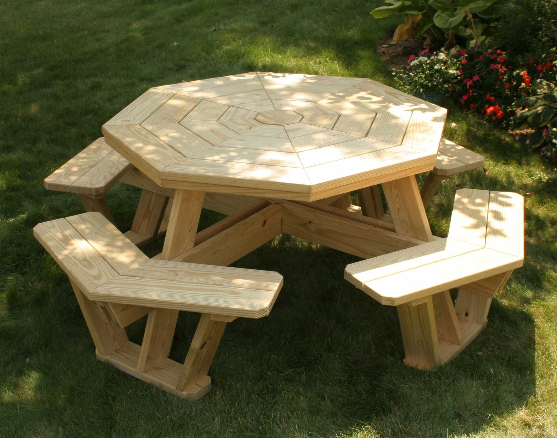 Walk In Garden Box: Treated Pine Octagon Walk-In Picnic Table