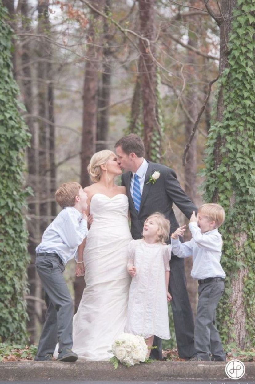17 Best Images About Wedding Photography With Children On Pinterest Second Wedd Wedding Photography With Kids Fun Wedding Photography Wedding Photography Bride