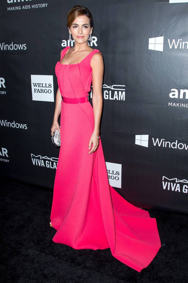 On the Red Carpet at the amfAR Gala in Hollywood | Traje, Cine y Estilo