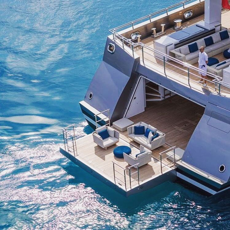 Create memories with a charter yacht crg