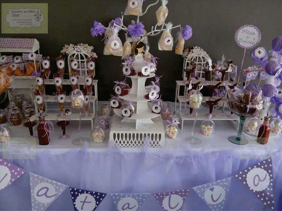 Mesa de dulces tono lila yaris16 pinterest candies - Sideboard lila ...