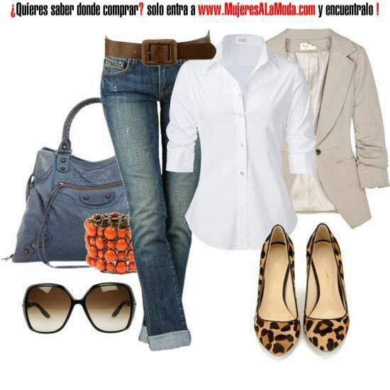 Saco beige y zapatos d jaguar