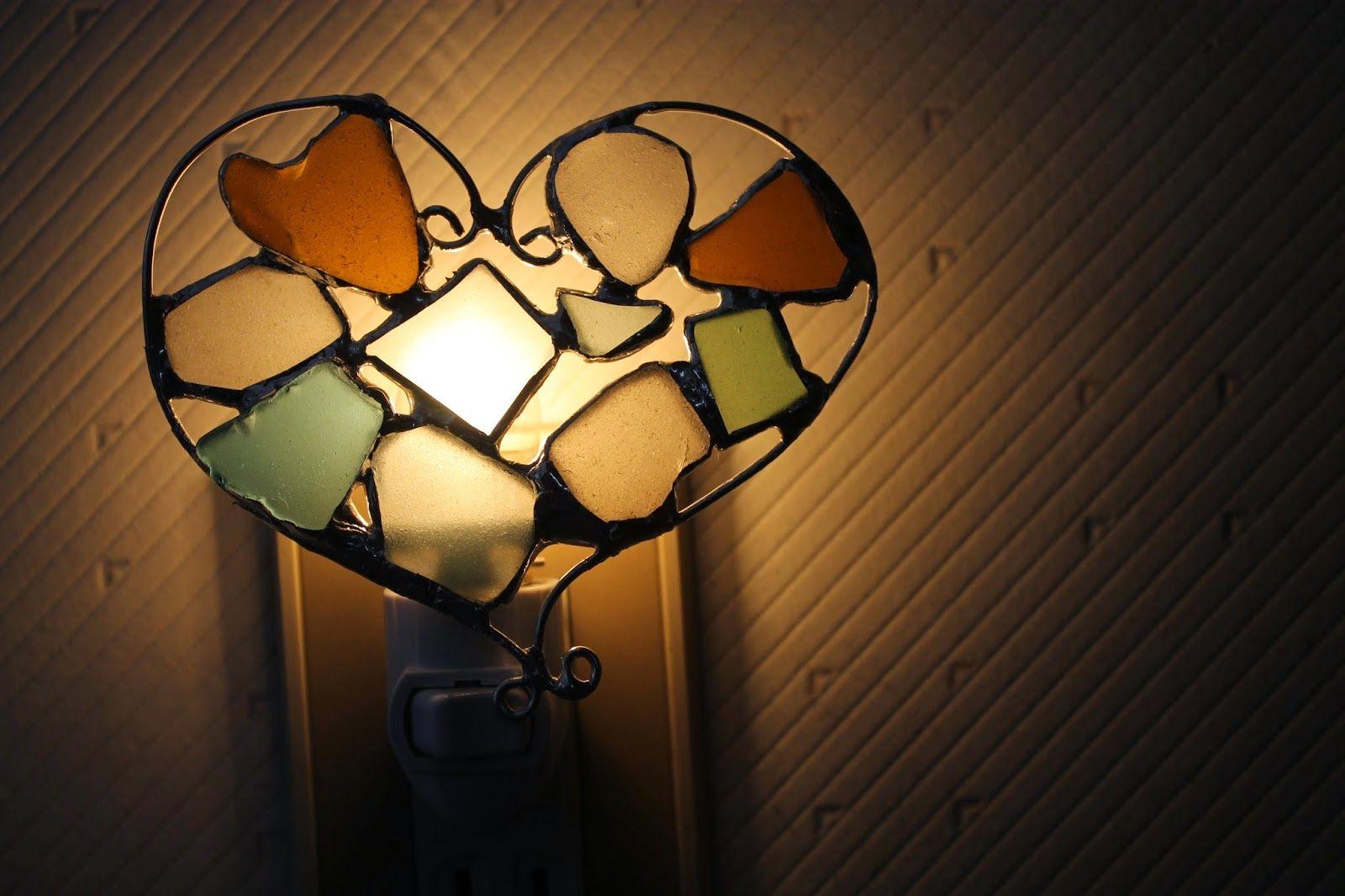 Omaezaki Natural Style: ハートのナイトライト - 愛のコミュニケーションシーグラスステンドアート教室より