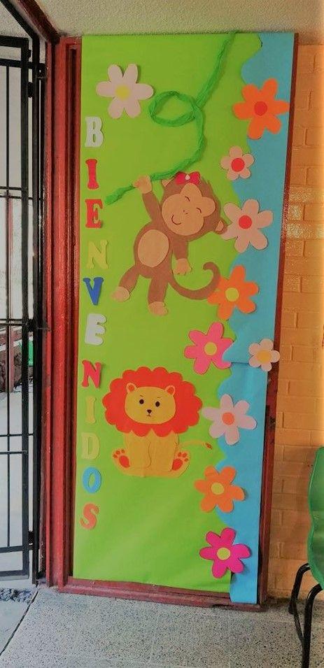 puerta decorada de bienvenidos a clases manualidades