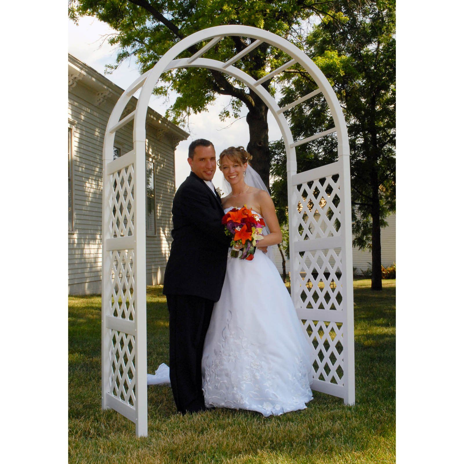 Wooden Arches You Can Make For Wedding