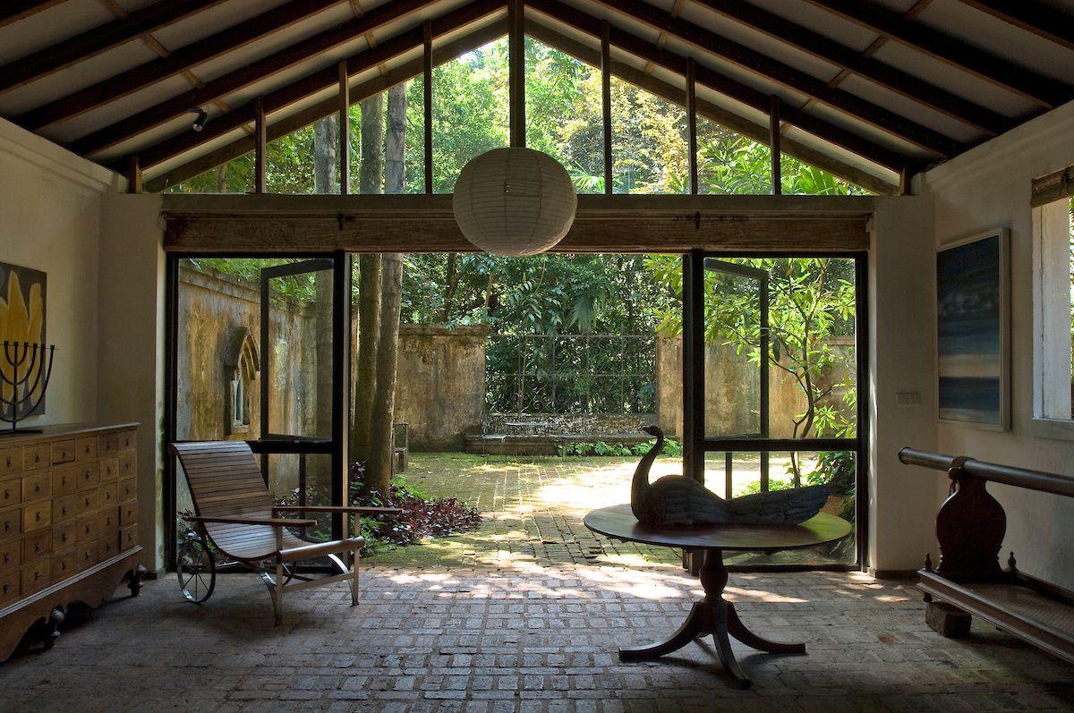 Lunuganga Geoffrey Bawa country estate Sri Lanka tropical modernism landmark