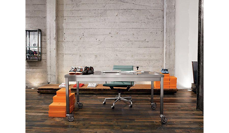 Captivating Quovis Table