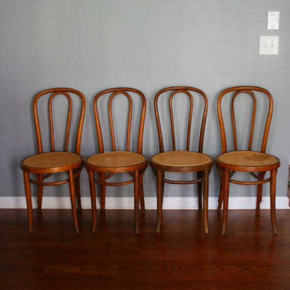 Beautiful 4 Mundus Bentwood Chairs. Cane Chairs. Caning. Early 1900s. Poland. European